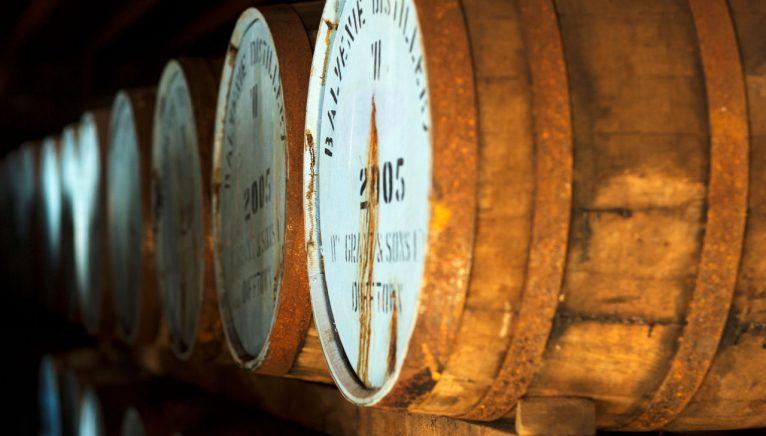 Procesul de fabricare a whisky-ului single malt