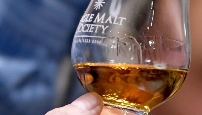 Cum să evaluezi un whisky single malt