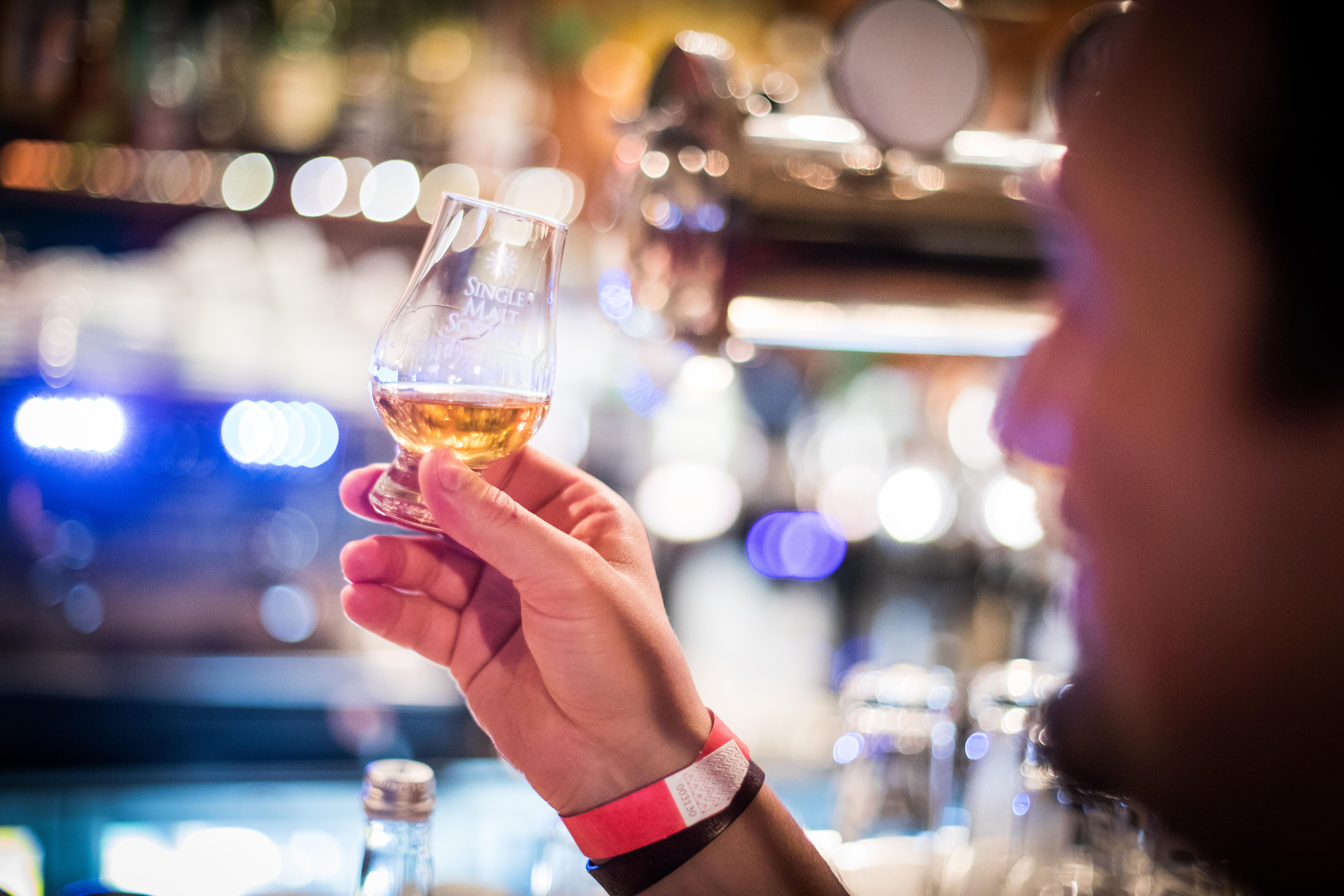 O nouă degustare a toamnei marca Single Malt Society în București, QP Pub