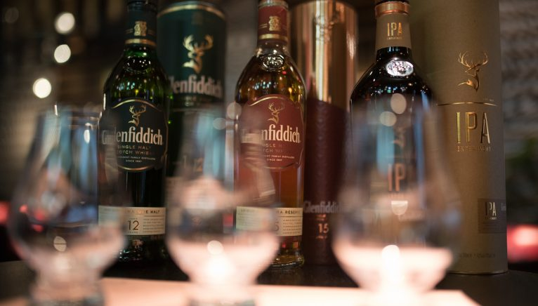 Marketingul pentru whisky. De la Offline la Online